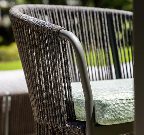 korbbett vimio rattan loom korb m bel looms. Black Bedroom Furniture Sets. Home Design Ideas