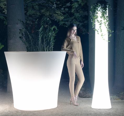 Bones pflanzgefässe für in outdoor mit beleuchtung