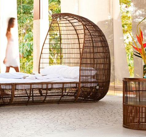 rattan bett voyage rattan loom korb m bel looms. Black Bedroom Furniture Sets. Home Design Ideas